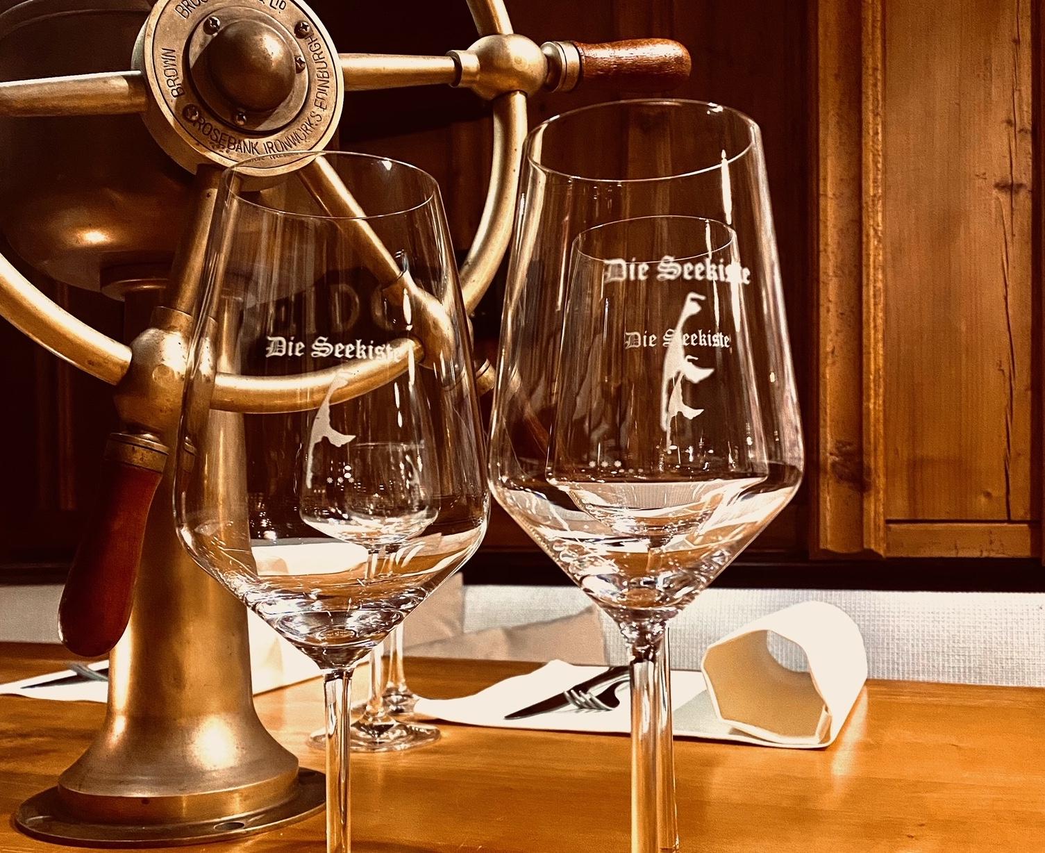 Eierlikör und Weingläser T